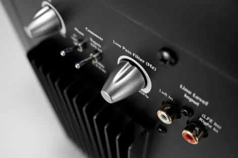 subwoofer-rear-controls-inputs-1500x998